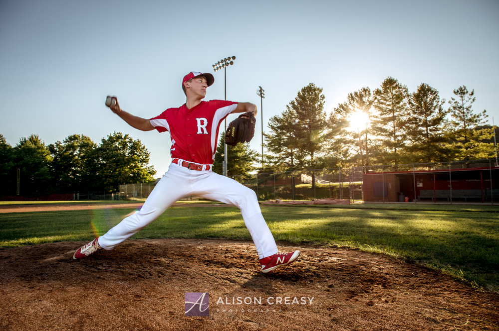 Senior_Photographer_Baseball_Pitcher_Lynchburg_VA_Alison_Creasy