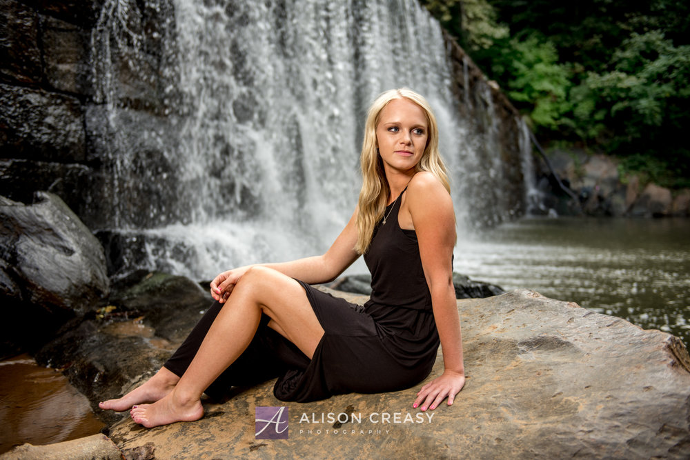Lexi Senior-10-2-Edit.jpg