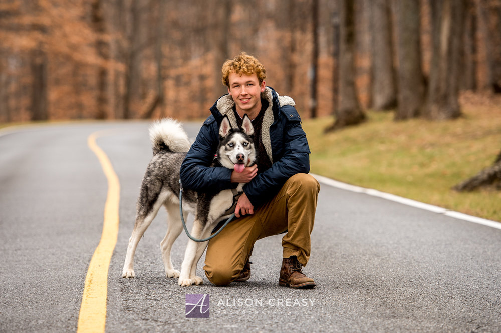 Senior_Photographer_Husky_Lynchburg_VA_Alison_Creasy
