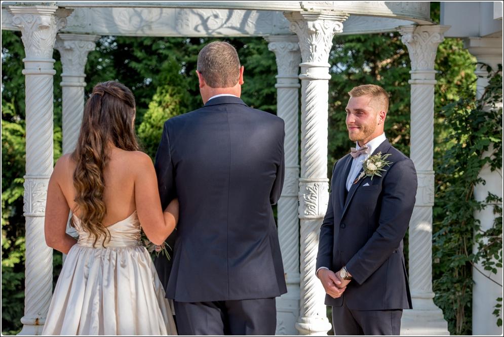 Alison-Creasy-Photography-Lynchburg-VA-Wedding- Photographer_0029.jpg