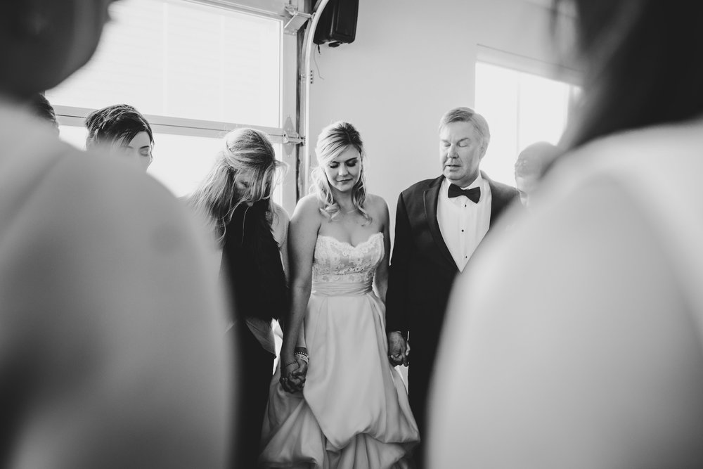 Sarah+MichaelGettingReady-75.jpg
