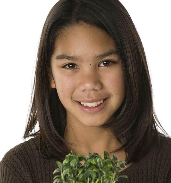 el-amind-girl-w-plant.jpg