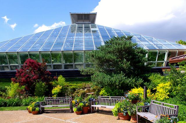 Olbrich Botanical Gardens.jpg