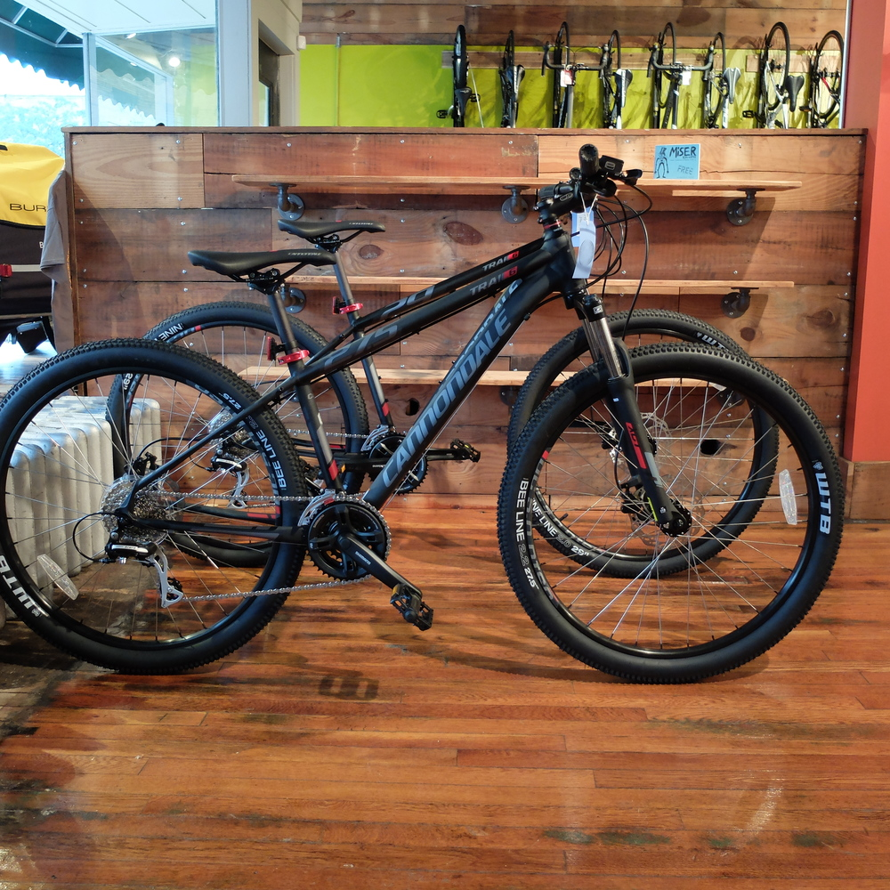 Our same models from above. These are a great price point bike for people new to mountain biking.