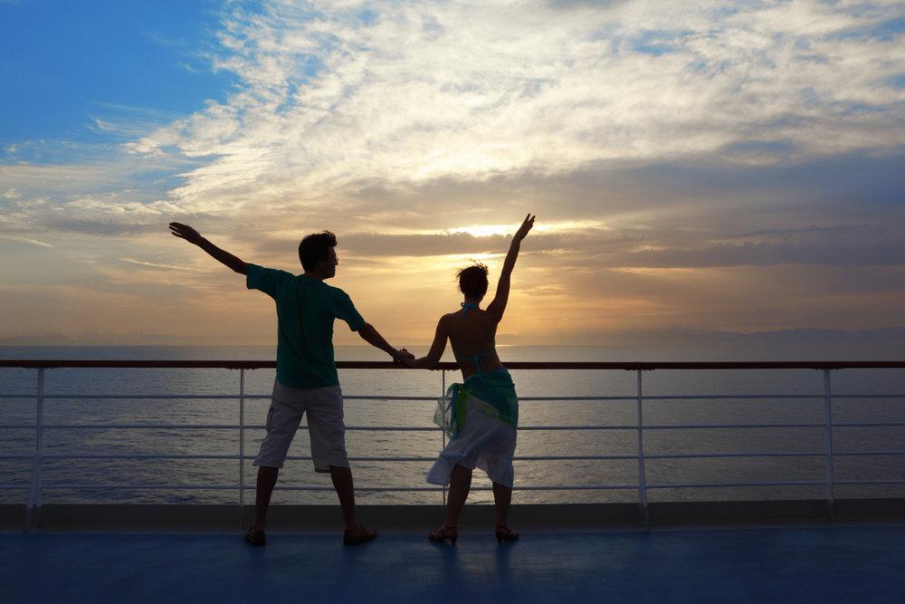 Se når det er helaften med dans på    COLOR VIKING    PROGRAM: SANDEFJORD - STRØMSTAD