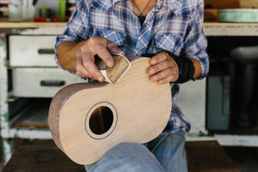 Marnie Hawson An Honest Trade - Luthier