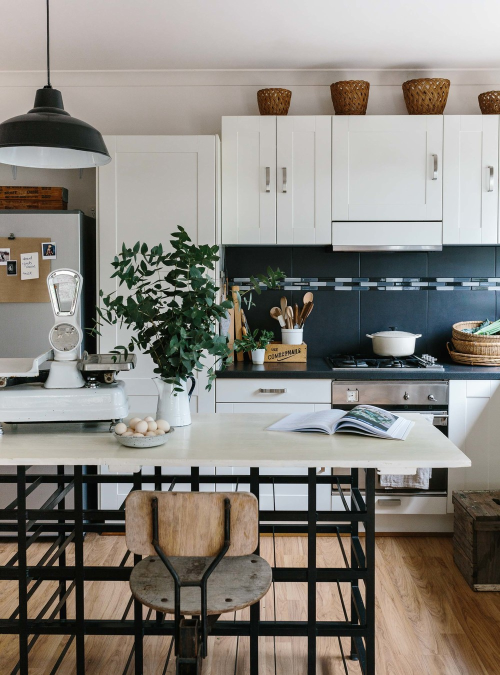 Marnie Hawson, Melbourne interior photographer for Country Style magazine, styled by Tess Newman Morris