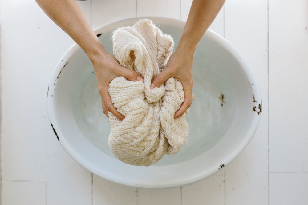 How to handwash wool