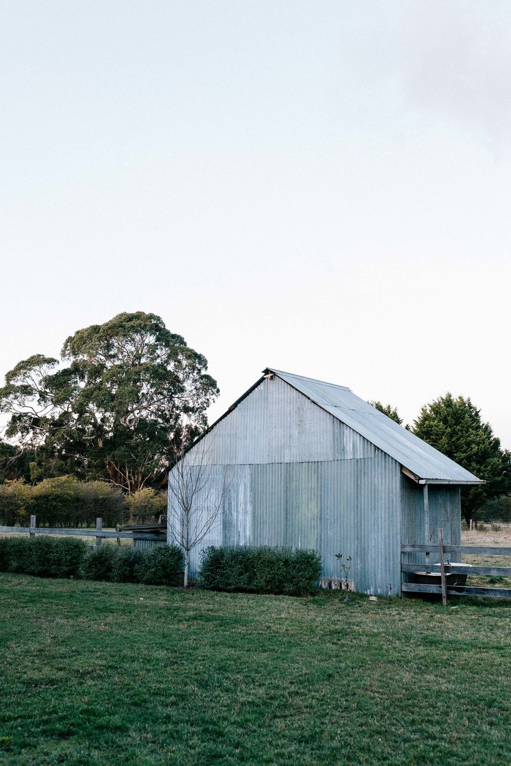 Marnie Hawson, Melbourne interior photographer for Country Style magazine and Ewing Farm, Tylden. Styling by Tess Kavanagh.