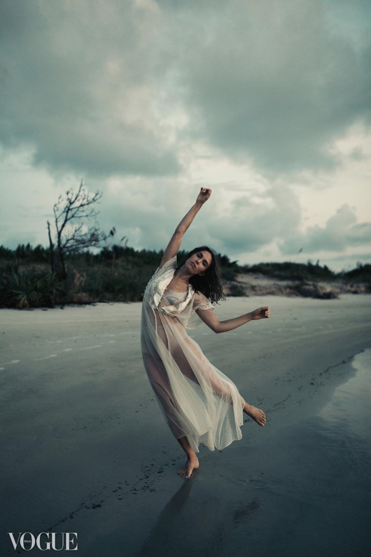 Ariel_Vogue.png