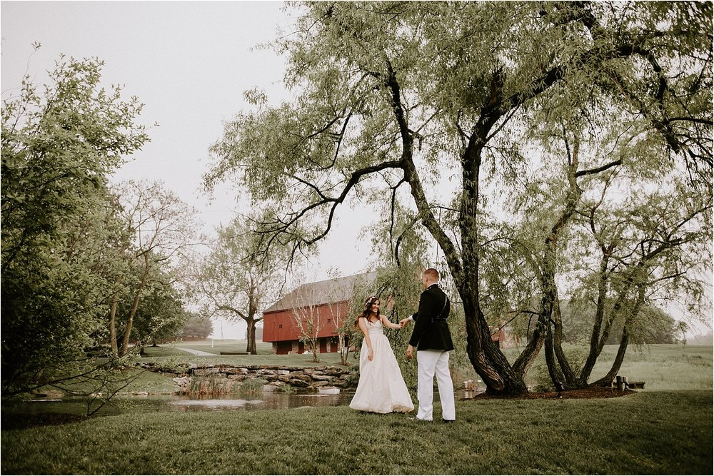 Sarah_Brookhart_Farm_at_Eagles_Ridge_Wedding_Photographer_0029.jpg