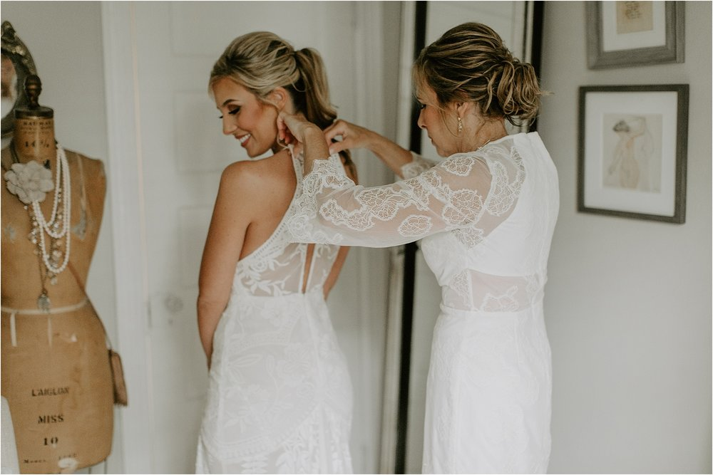 Sarah_Brookhart_Hortulus_Farm_Garden_and_Nursey_Wedding_Photographer_0013.jpg