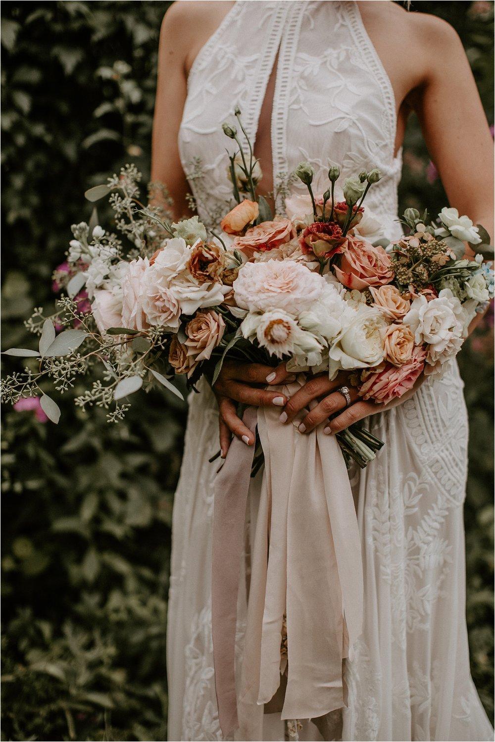 Sarah_Brookhart_Hortulus_Farm_Garden_and_Nursey_Wedding_Photographer_0017.jpg