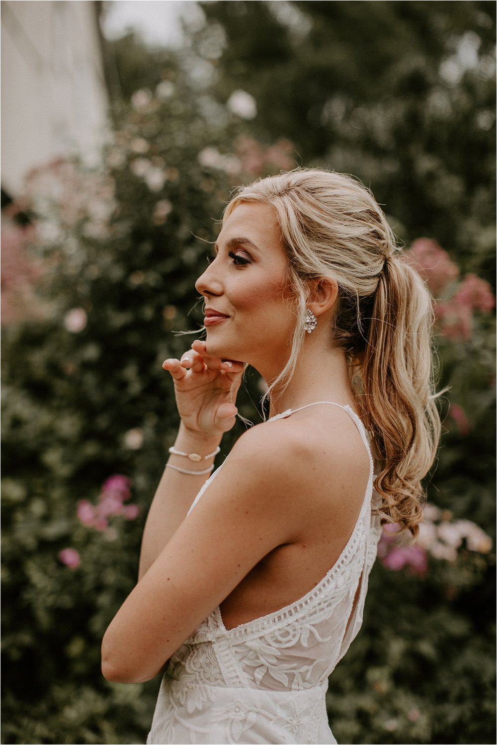 Sarah_Brookhart_Hortulus_Farm_Garden_and_Nursey_Wedding_Photographer_0019.jpg