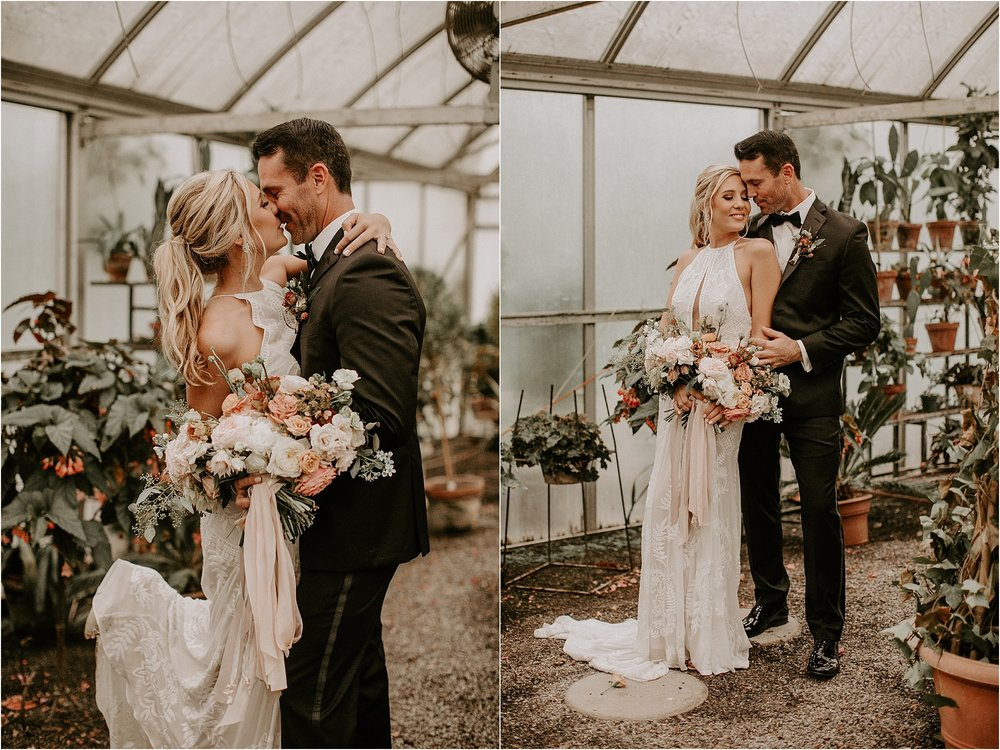 Sarah_Brookhart_Hortulus_Farm_Garden_and_Nursey_Wedding_Photographer_0027.jpg