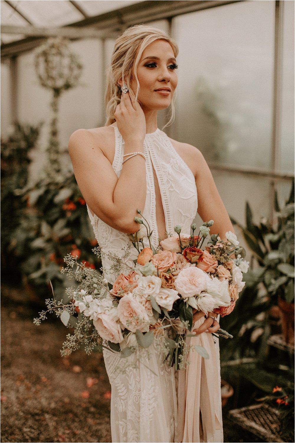 Sarah_Brookhart_Hortulus_Farm_Garden_and_Nursey_Wedding_Photographer_0033.jpg