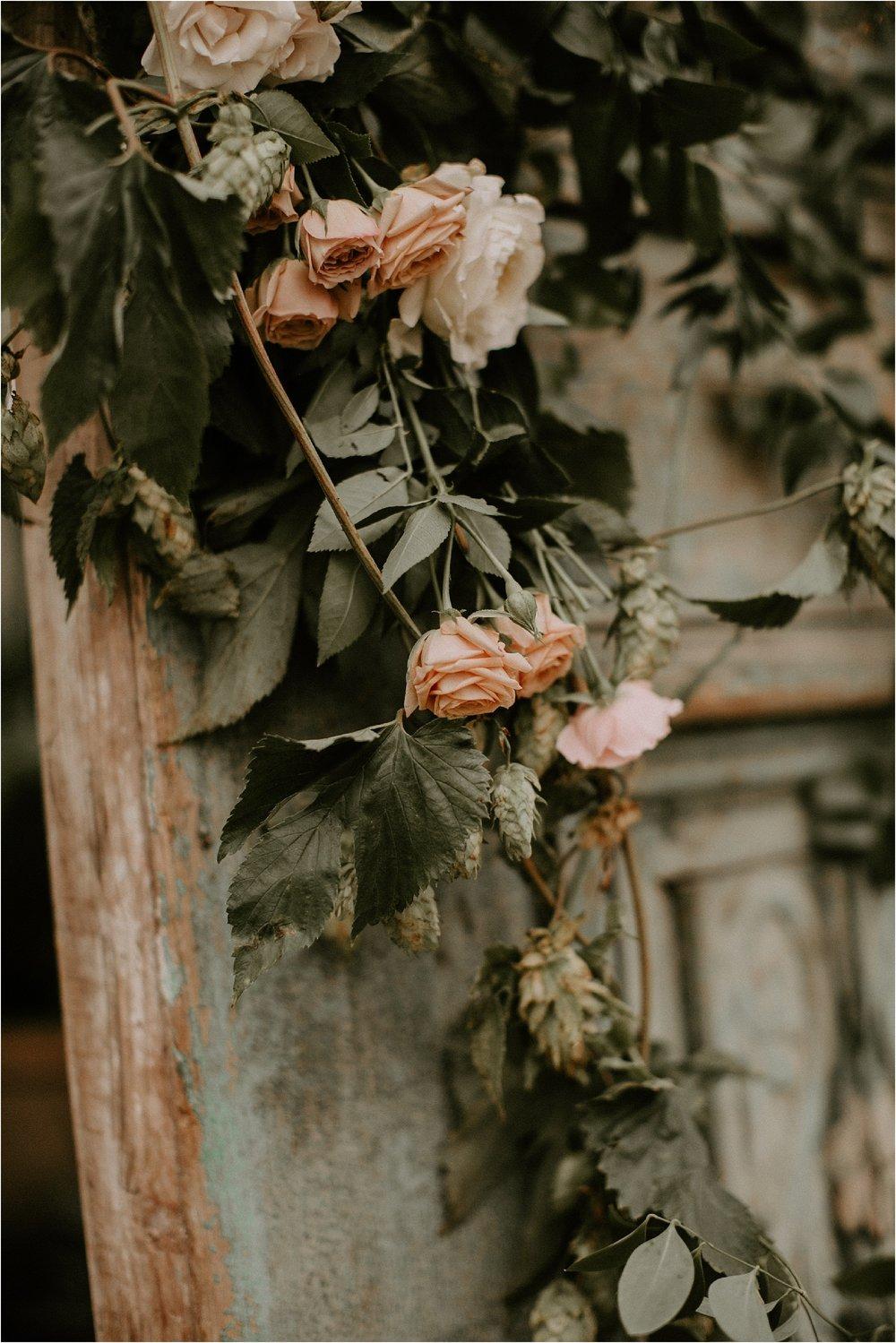 Sarah_Brookhart_Hortulus_Farm_Garden_and_Nursey_Wedding_Photographer_0043.jpg