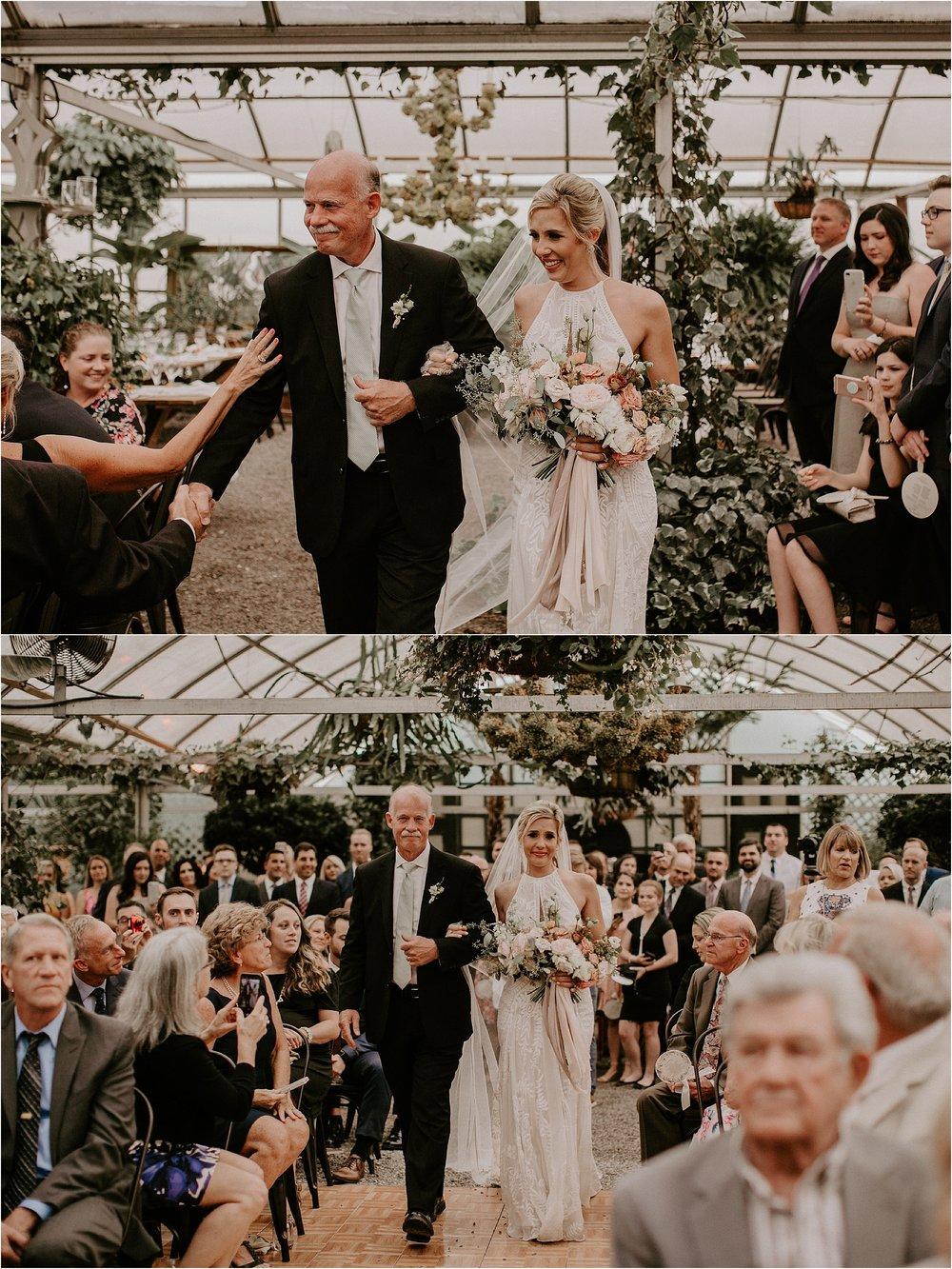Sarah_Brookhart_Hortulus_Farm_Garden_and_Nursey_Wedding_Photographer_0045.jpg