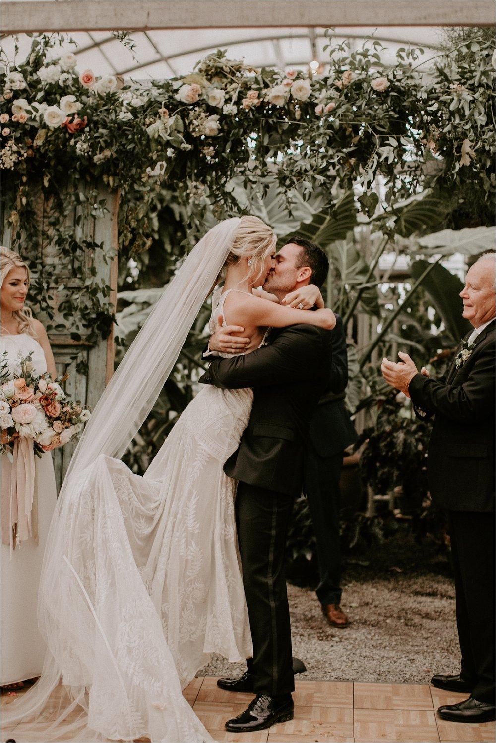 Sarah_Brookhart_Hortulus_Farm_Garden_and_Nursey_Wedding_Photographer_0049.jpg