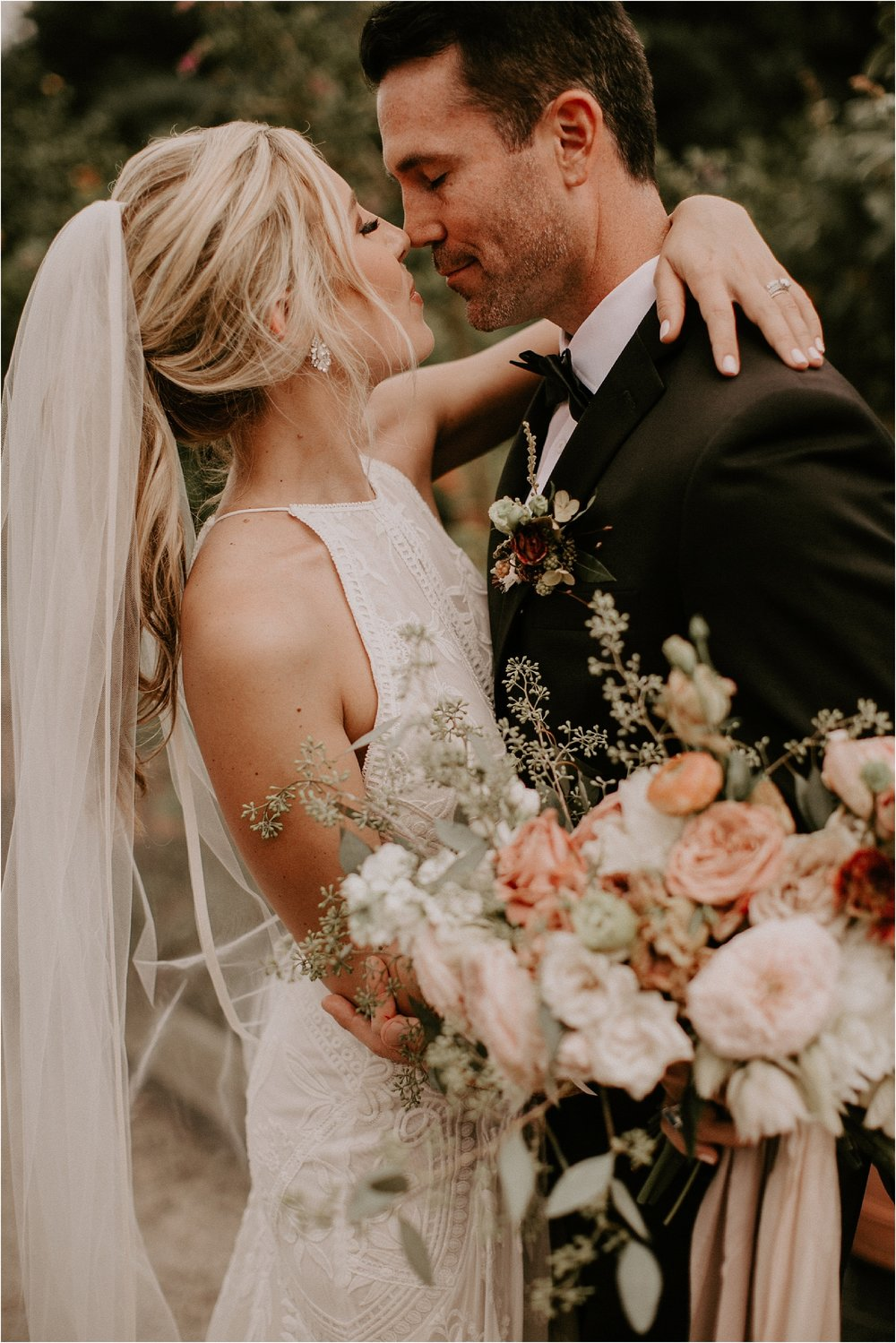 Sarah_Brookhart_Hortulus_Farm_Garden_and_Nursey_Wedding_Photographer_0053.jpg