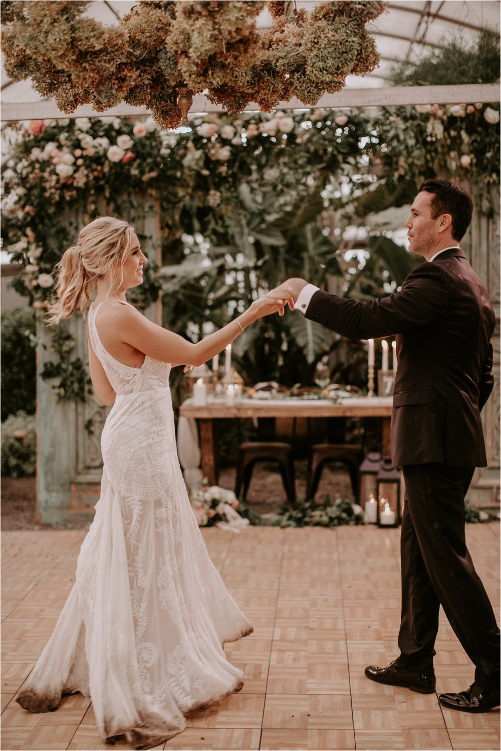 Sarah_Brookhart_Hortulus_Farm_Garden_and_Nursey_Wedding_Photographer_0067.jpg