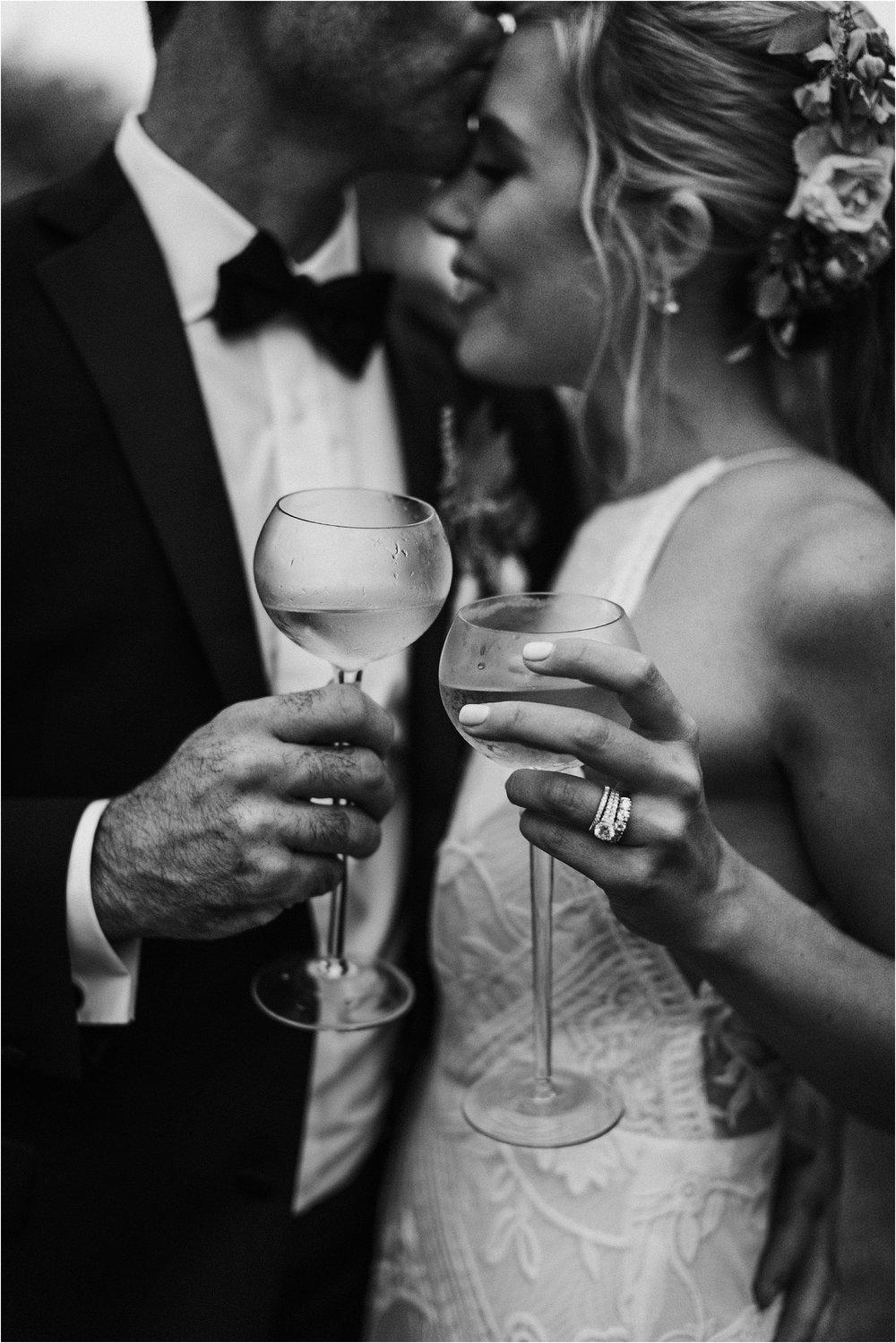 Sarah_Brookhart_Hortulus_Farm_Garden_and_Nursey_Wedding_Photographer_0075.jpg