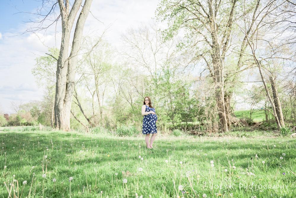 cleveland-maternity-photography-spring-ohio