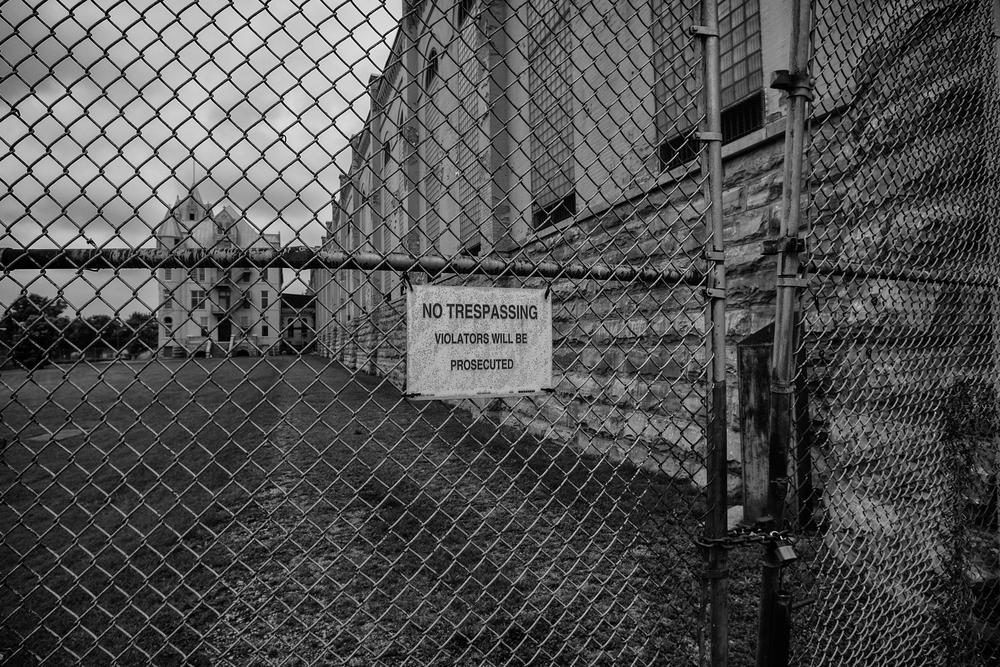 Prison 2015exterior.jpg