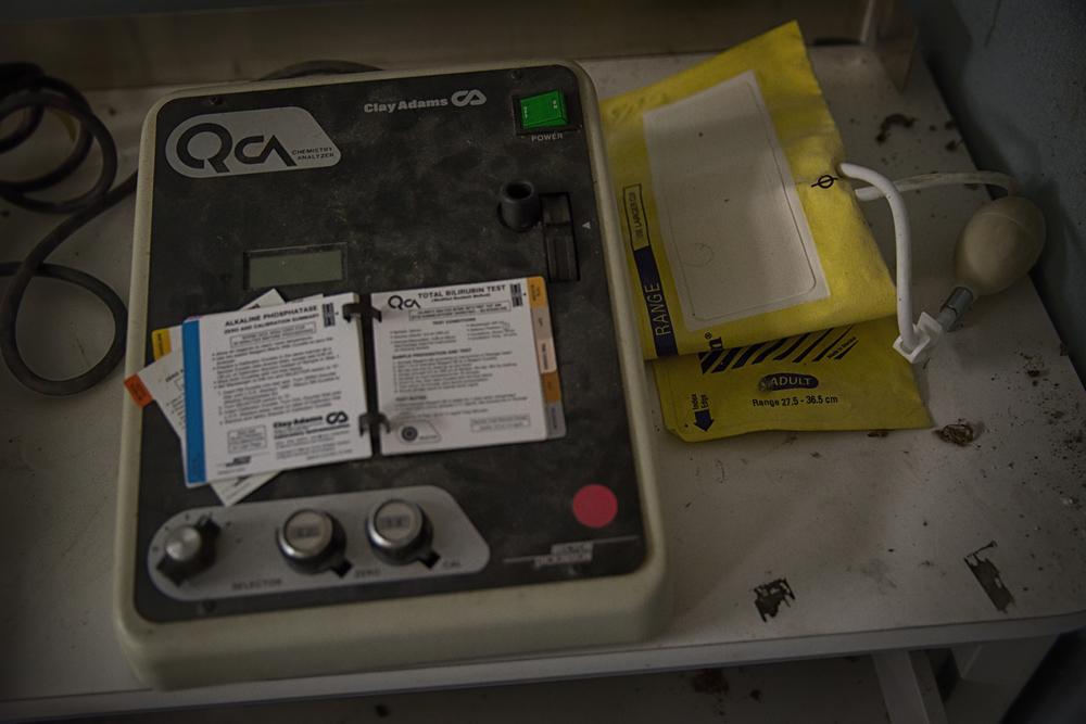 blood tester (1 of 1).jpg