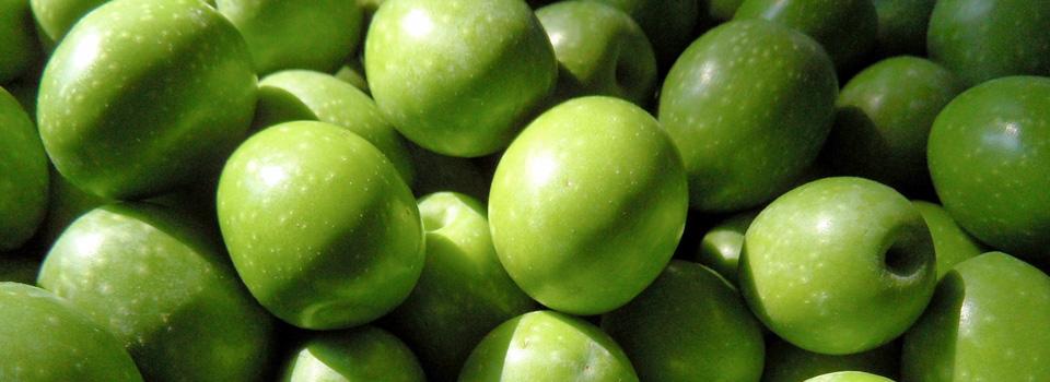 Green-olives.jpg