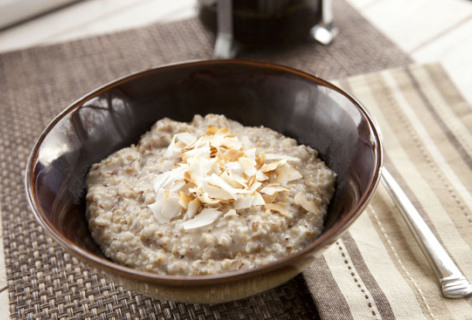 Toasted Coconut Oatmeal  from Macheesmo