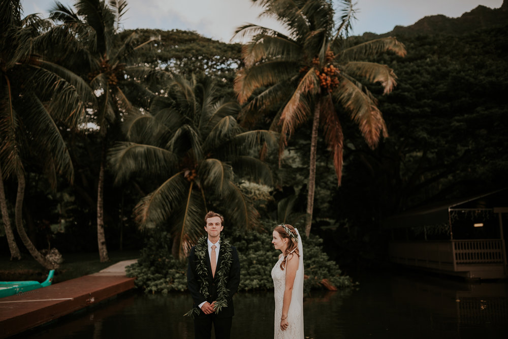 junebug weddings - oahu, hawaii / carissa + will
