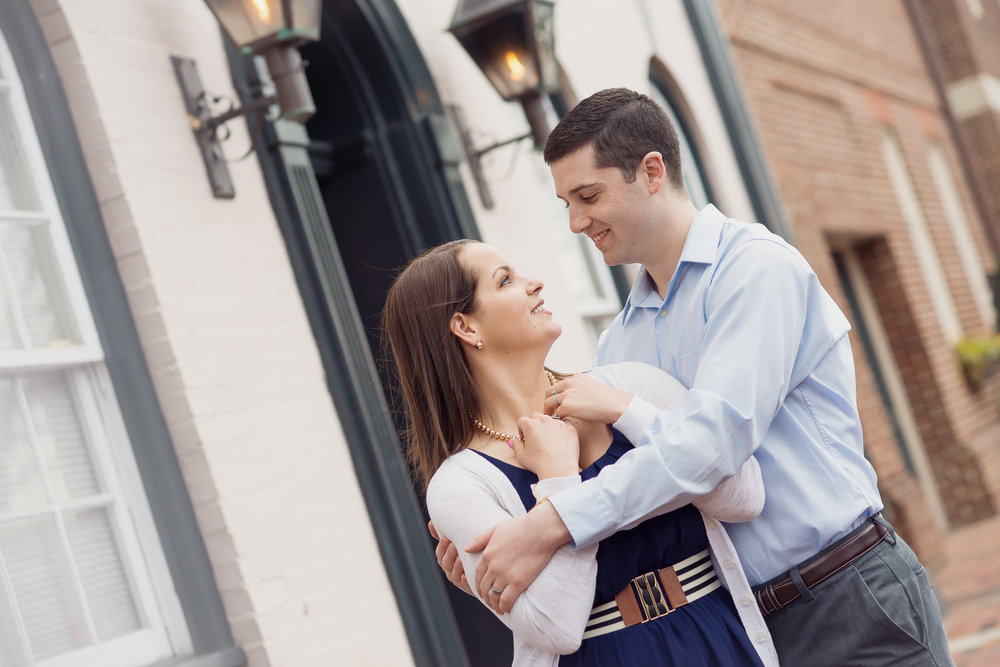 couple's session old town alexandria - D'Corzo Photography - DMV area