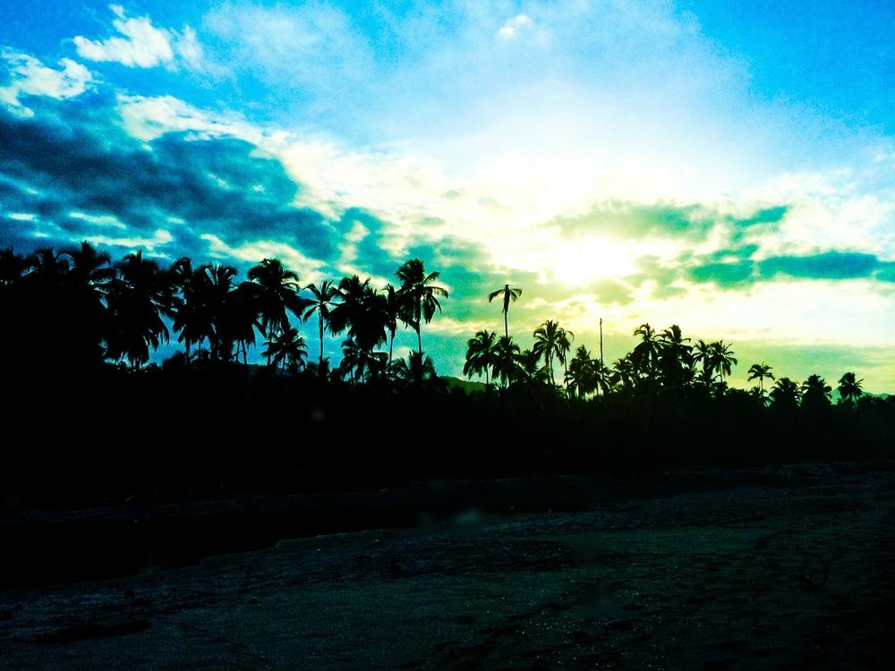 20140131_Colombia_269_trees_sky.jpg
