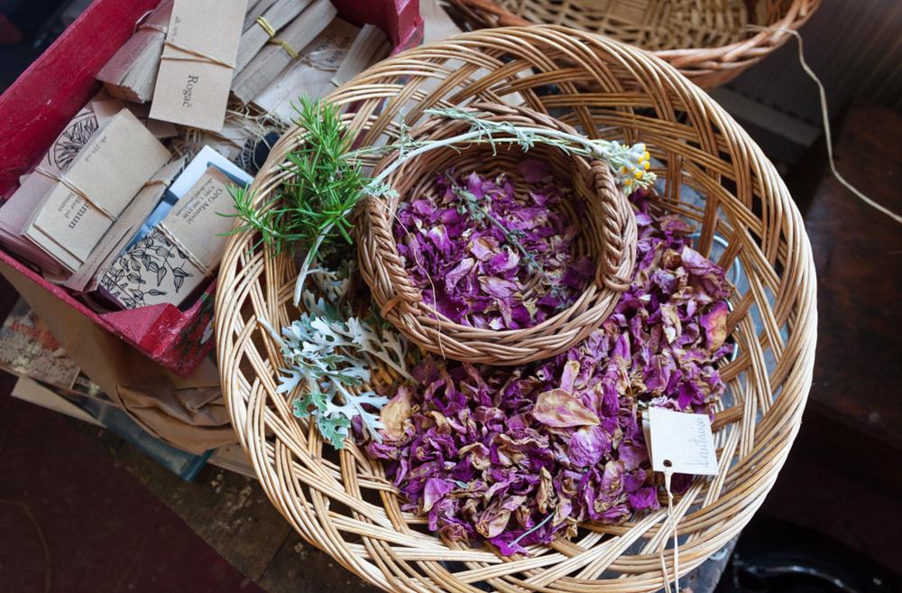 20140611_untitled_170_lavender_basket.jpg