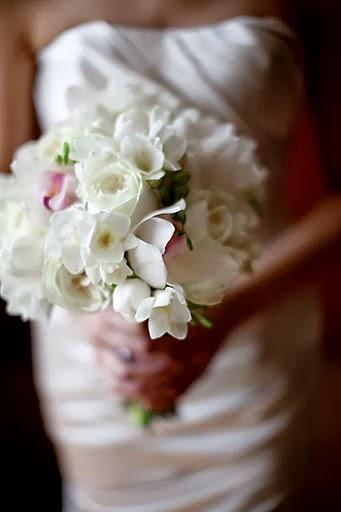 karen-bouquettw.jpg