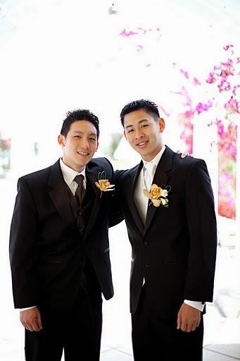 karen-groomsmentw.jpg