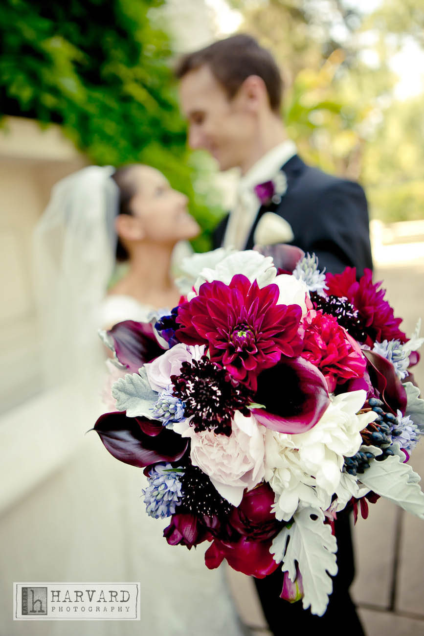 Sara and Grey were recently married on a sunny Saturday in April.  The wedding was held at one of my favorite venue, Athenauem House in Pasadena.  Their colors were plum and burgundy with blue accents. Here are some beautiful images provided by Harvard Photographer..