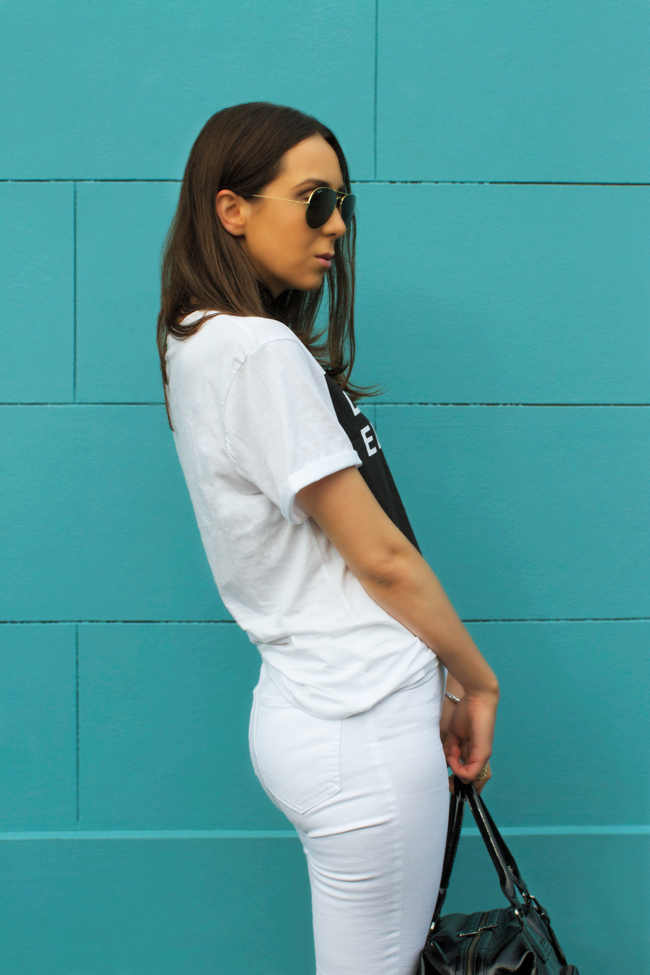 high-waisted-white-jeans.jpg