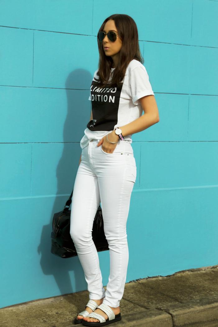 zara-white-jeans.jpg
