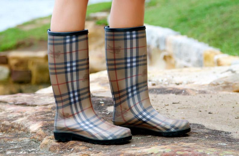 rain-boots-women.jpg