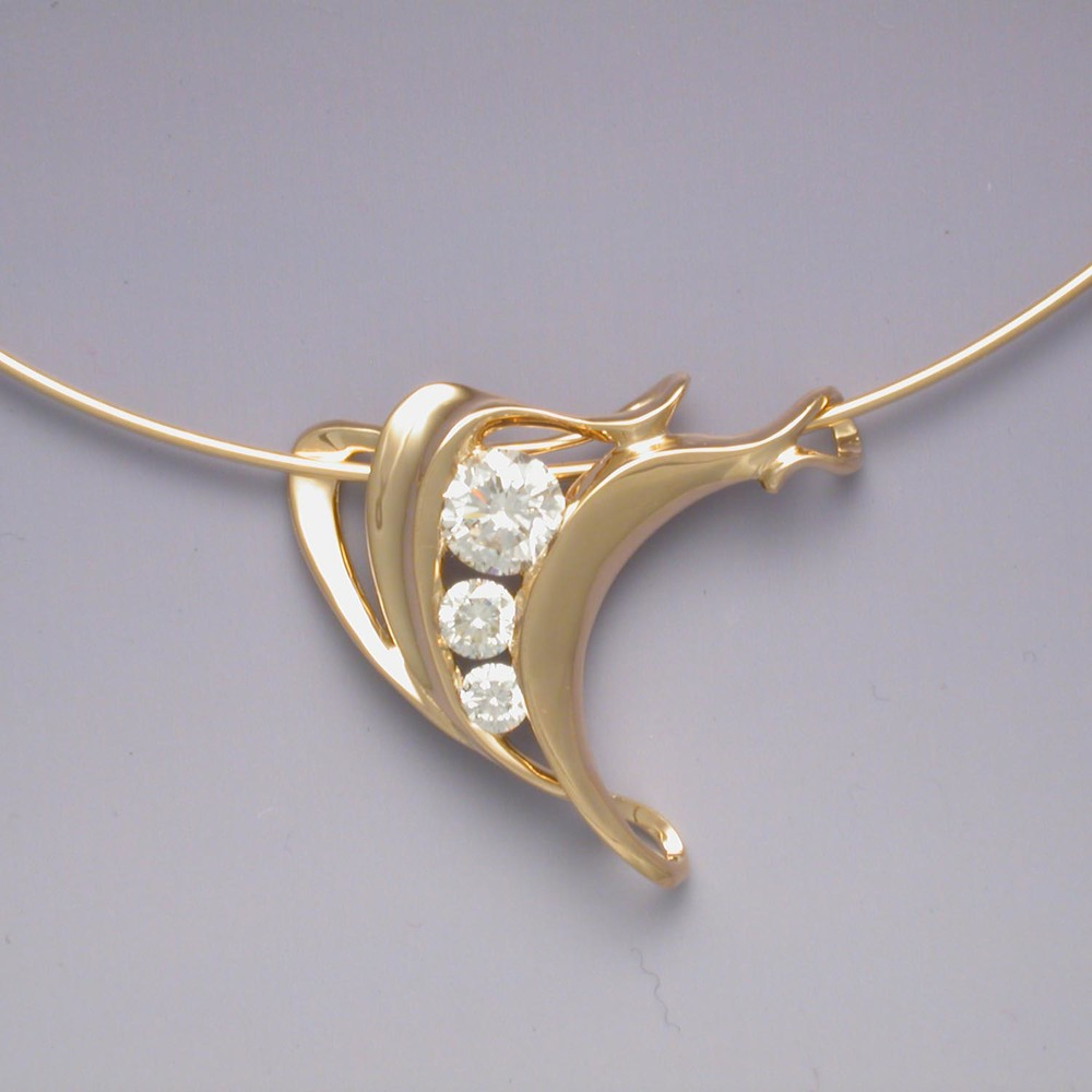 3-Diamond Pendant