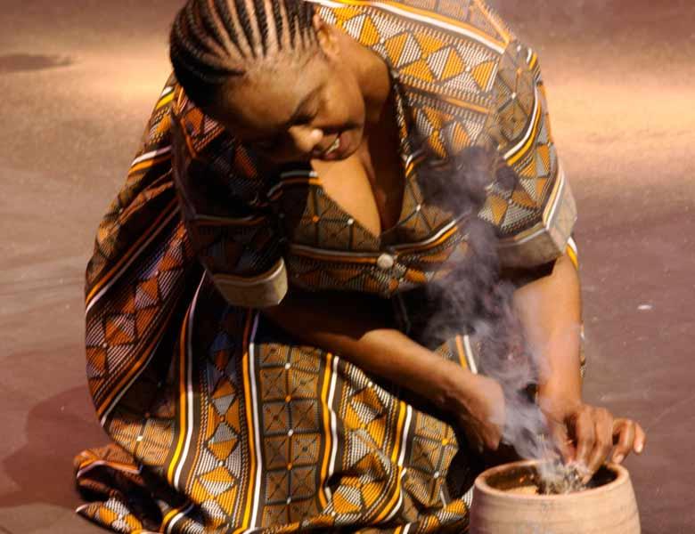 woman-in-waiting-08.jpg
