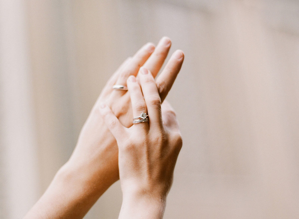 photo-of-rings-swiss-wedding-photographer