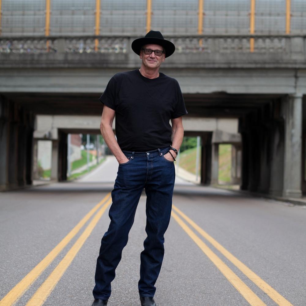 Songwriter-turned-minister John Kilzer makes music for all on Hide Away
