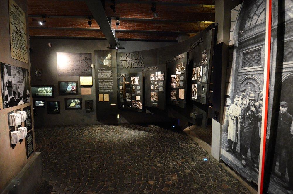 Akcja_Burza_Muzeum_Powstania_Warszawskiego.JPG