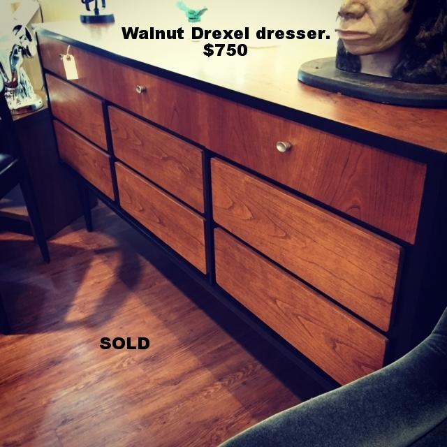 Drexel dresser.JPG