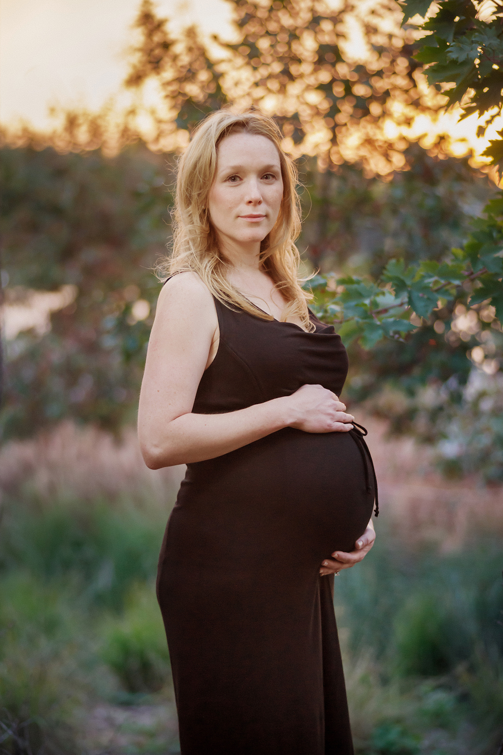 2012_10_05_SARA_HOSTLAND_MATERNITY_PORTRAITS_0241_2013_COLOUR_REDONE.JPG