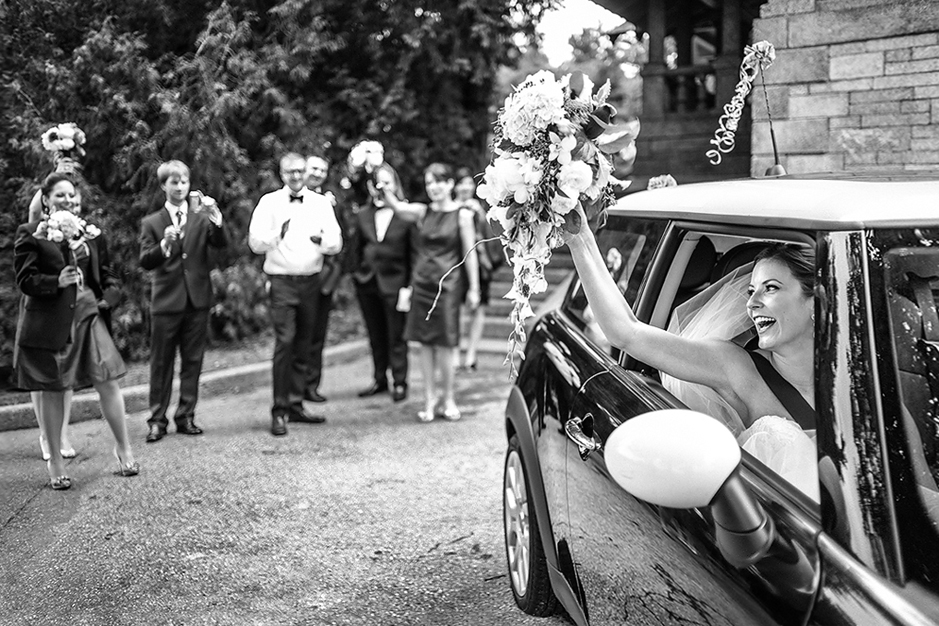 ottawa-wedding-photographer-byfield-pitman-photography-rockcliffe-pavilion-bride.jpg
