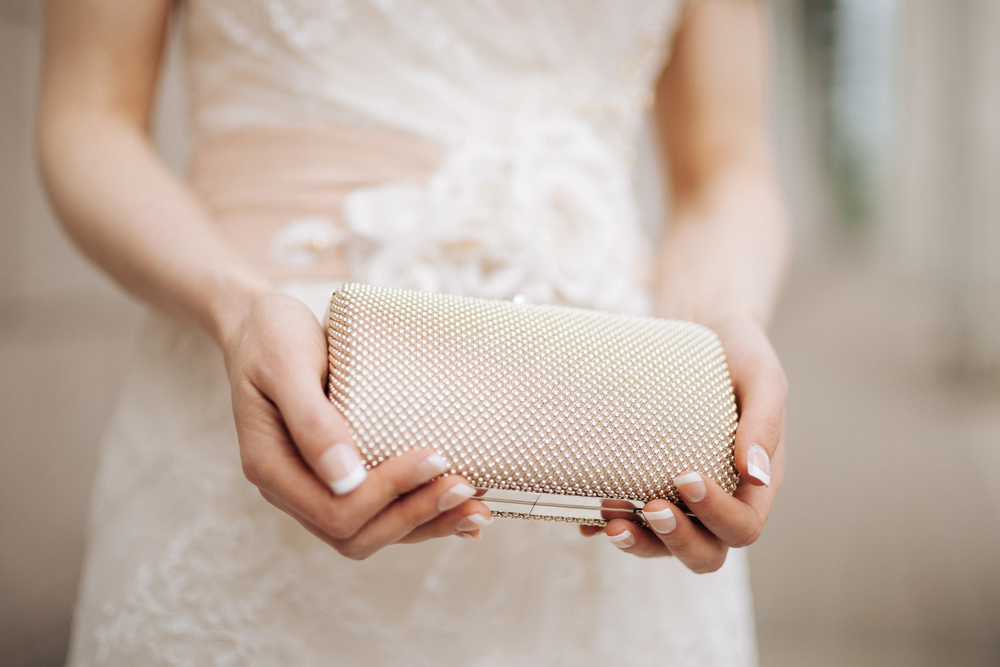 wedding-clutch-purse-bride.JPG